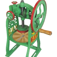 ice cutter hand operated  MODEL NO IC 945