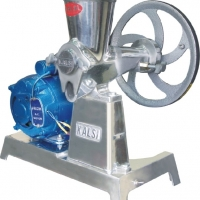 juice machine with motor comes in various size  12 - 14-15-18 no  MODEL NO -- JUI 233