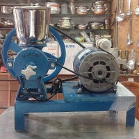 pithi grinder with motor  small size for domestic and small scale business